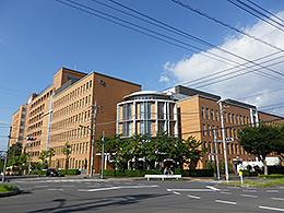 桜美林大学(ビジネスマネジメント学群)
