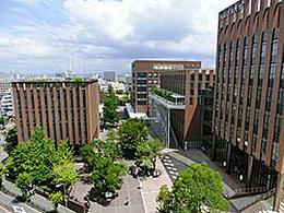 大阪経済大学(ビジネス法学科)