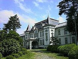 山形大学(高分子・有機材料工学科)