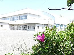 霧多布中学校