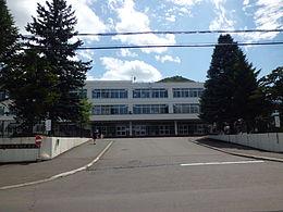 札幌西陵高校 - Wikipedia