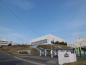 札幌日本大学高等学校 - Wikipedia