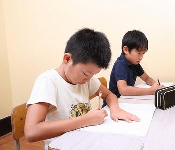ライバルと切磋琢磨する生徒たち