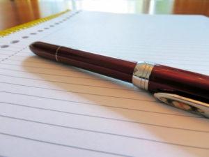 ボールペンとノート