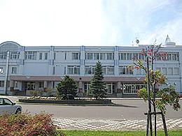 岩見沢西高校の外観写真