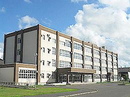 羽幌高校の外観写真