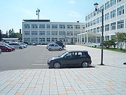 北見北斗高校の外観写真