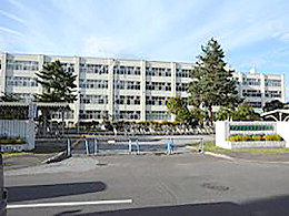 北見緑陵高校の外観写真