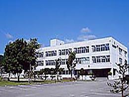 津別高校の外観写真