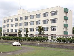 帯広緑陽高校の外観写真