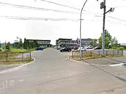 栗山高校の外観写真