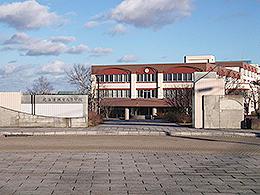 根室高校の外観写真