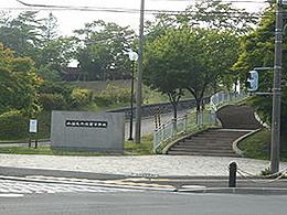 千歳高校の外観写真