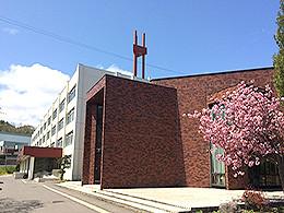 小樽潮陵高校の外観写真