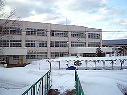 寿都高校の外観写真