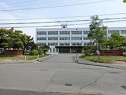 苫小牧工業高校 - Wikipedia