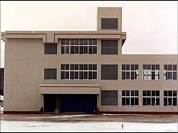 厚真高校の外観写真