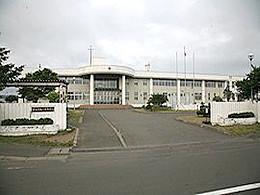 鵡川高校の外観写真