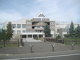 富良野緑峰高校の外観写真