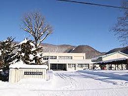 上川高校の外観写真