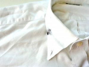 シャツの汚れ